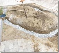 排水経路の確保 トリカルパイプ埋設